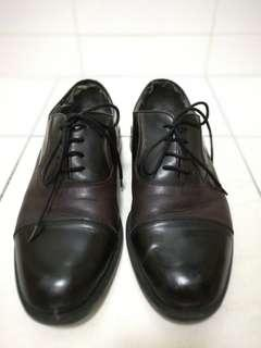 Leather Shoes (2-tone) (Size 8) #UNDER90
