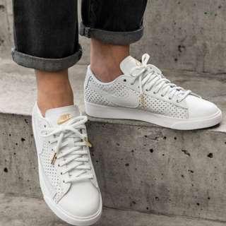 Nike Blazer Beautiful X Powerful Low SE Sneakers EU36.5
