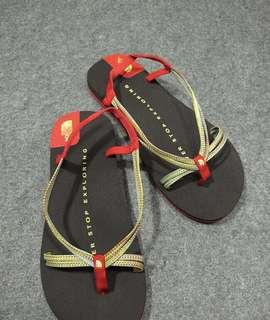 The North Face Sandals size 5 6 7(purchase for you item)