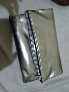 silver pouch. forever21.