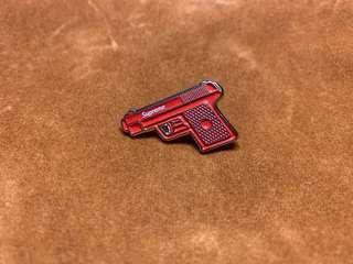 🚚 (Enamel Pin) Supreme Gun