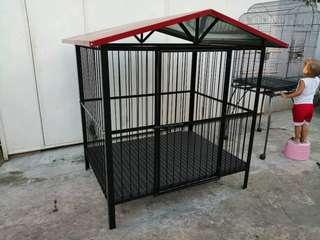 Dog Cage with Roof and plastic matting