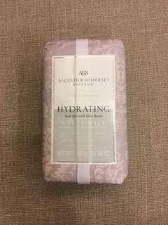 🚚 Asquith Somerset 羊奶香氛皂 300g