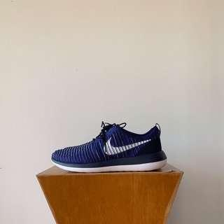 🚚 Nike Roshe Two Flyknit Trainers in Blue US11