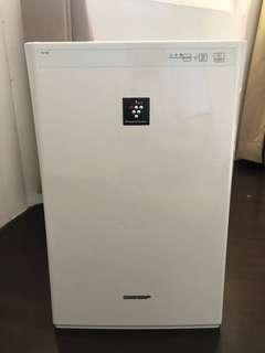 Sharp Ion Plasmacluster Air Purifier  FU-Y30