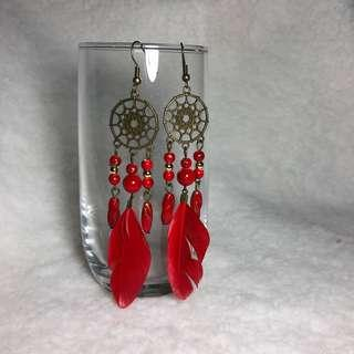 🚚 Vintage Red Feather Earrings