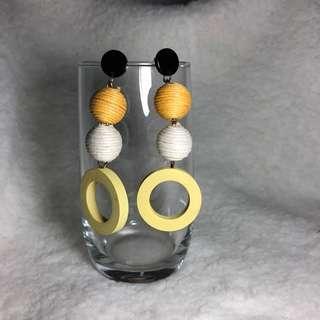 🚚 Yellow Beaded Hoop Earrings