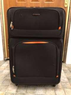 Crocodile 黑色29吋布質行李箱