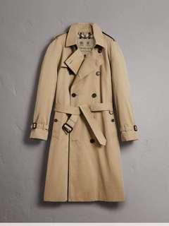 🚚 burberry。 英國製 經典風衣外套 m號 原價七萬 四折賣 29800 超新 只有一件  #princeh社團同步 #全賣場同步