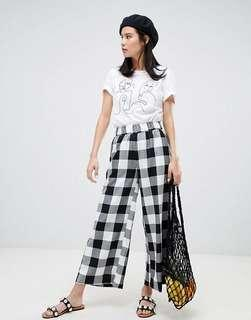 🚚 MONKI Checkered Crop Pants