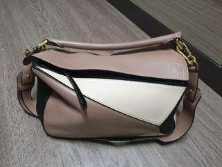 🚚 Loewe Medium Puzzle Bag
