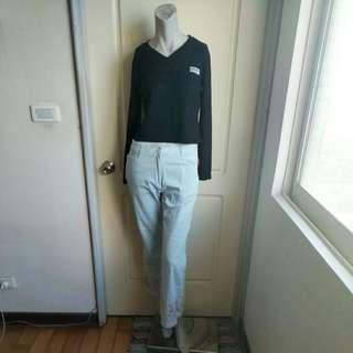 🚚 【購物免費送】90年代雜牌之黑色V領短版長袖針織上衣
