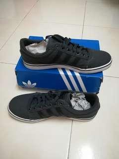 Adidas Original Men Sneaker