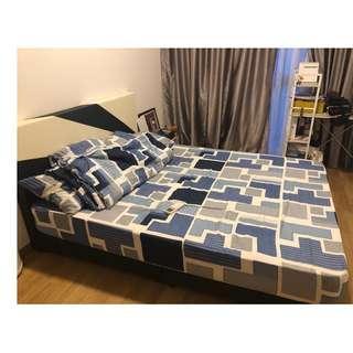Queen Set - Bedsheets, Quilt Blanket & Pillow covers
