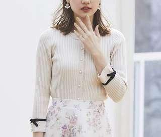 ✨NEW!氣質~日本19 淑女珍珠蝴蝶結針織外套 ol