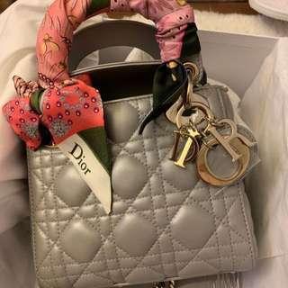 全新正品 Lady Dior 迪奧 三格 黛妃 經典 包包 附 綁包包 專櫃絲巾