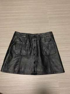 🚚 H&M leather button down skirt