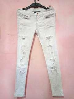 Celana Jeans Ripped putih