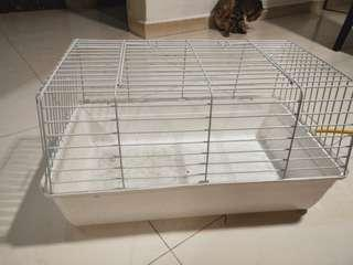 🚚 RABBIT CAGE FOR SALE ( PRICE TO BE NEGOTIATED)