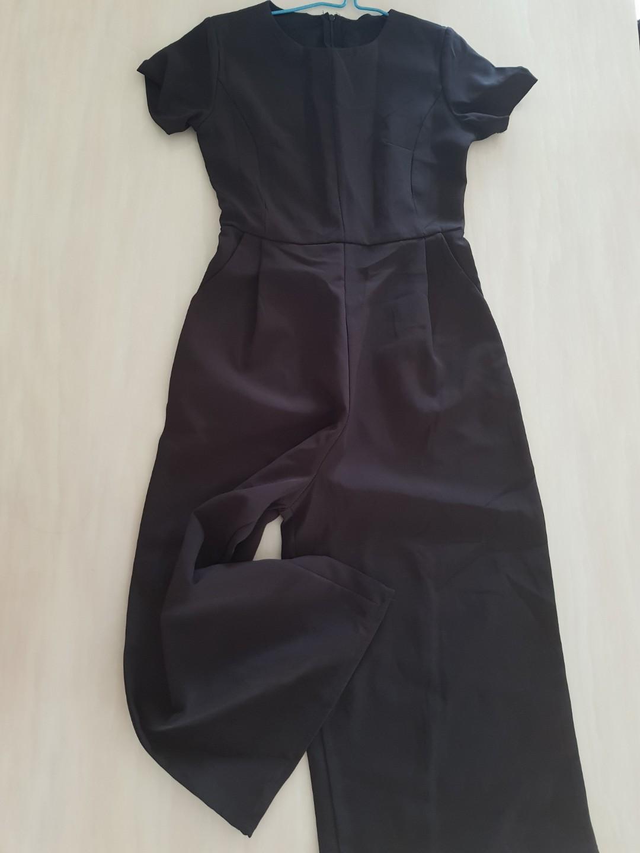 c20a5ce1ab5 BN Black Jumpsuit