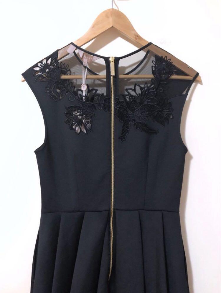 BNWT Ted Baker 3 (Medium) Dolli Embroidered Skater Dress