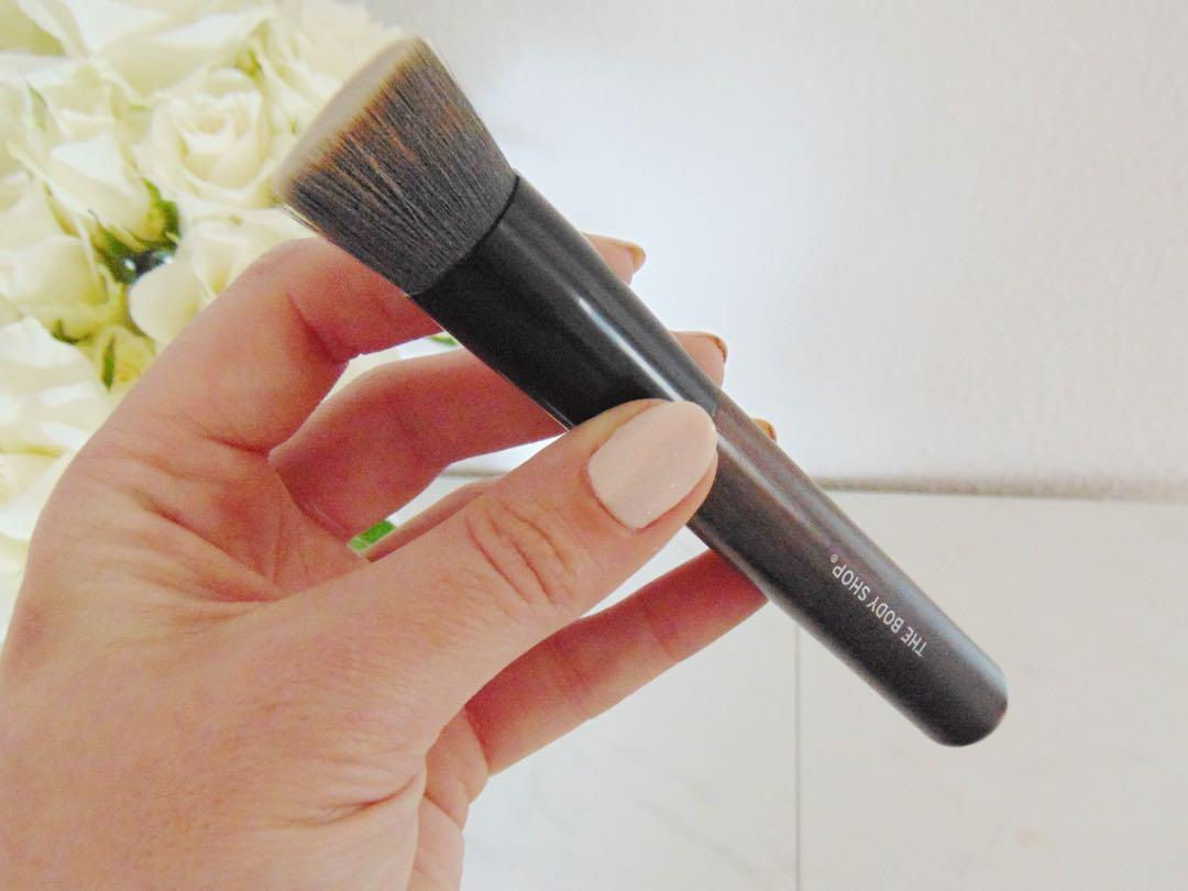 Buffing Brush Face Body Bodyshop Health Beauty Makeup On Carousell