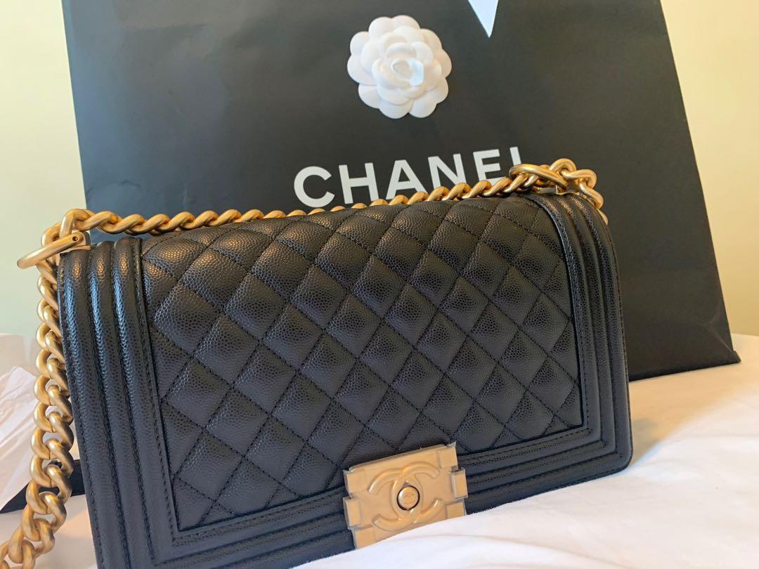 d4df83fe29be Chanel Boy Medium Caviar GHW, Luxury, Bags & Wallets, Handbags on Carousell