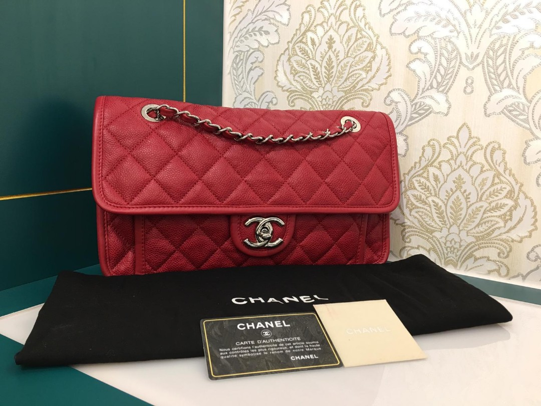 3a41fd58fe2ca0 Like new Chanel French Riviera Flap Red Caviar with Shw, Luxury ...
