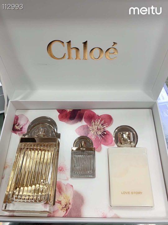 正貨CHLOE LOVE STORY 香水套裝,設計獨特,像美麗的衣櫥一樣,打開還有一面鏡子,裡面擺放著LOVE STORY 系列的EDP75ml+身體乳100ml+小樣7.5ml