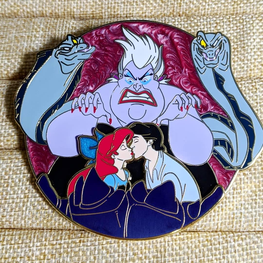 Disney Fantasy Pin: Ursula Rage, Vintage & Collectibles