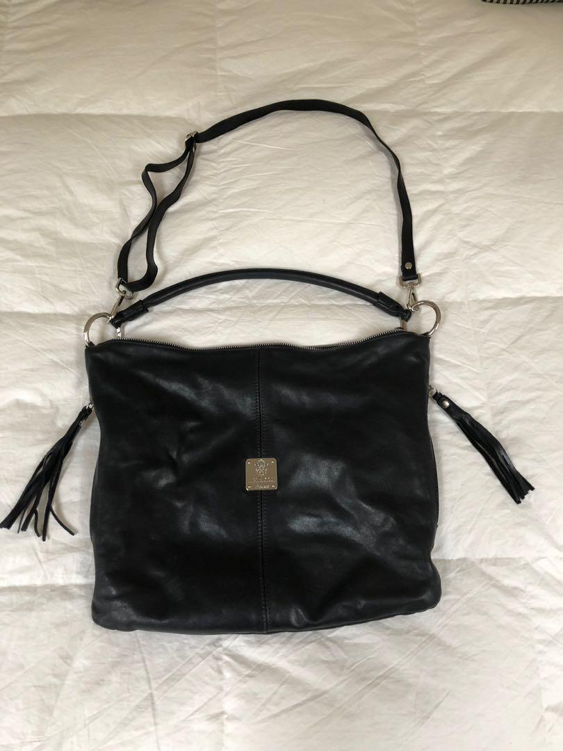 Gorgeous Italian black leather hobo bag with crossbody strap