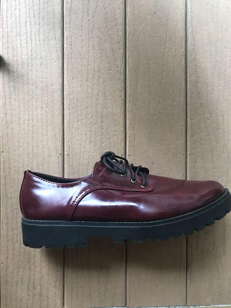 Lightly worn Dr Martens-esque maroon Oxford shoes