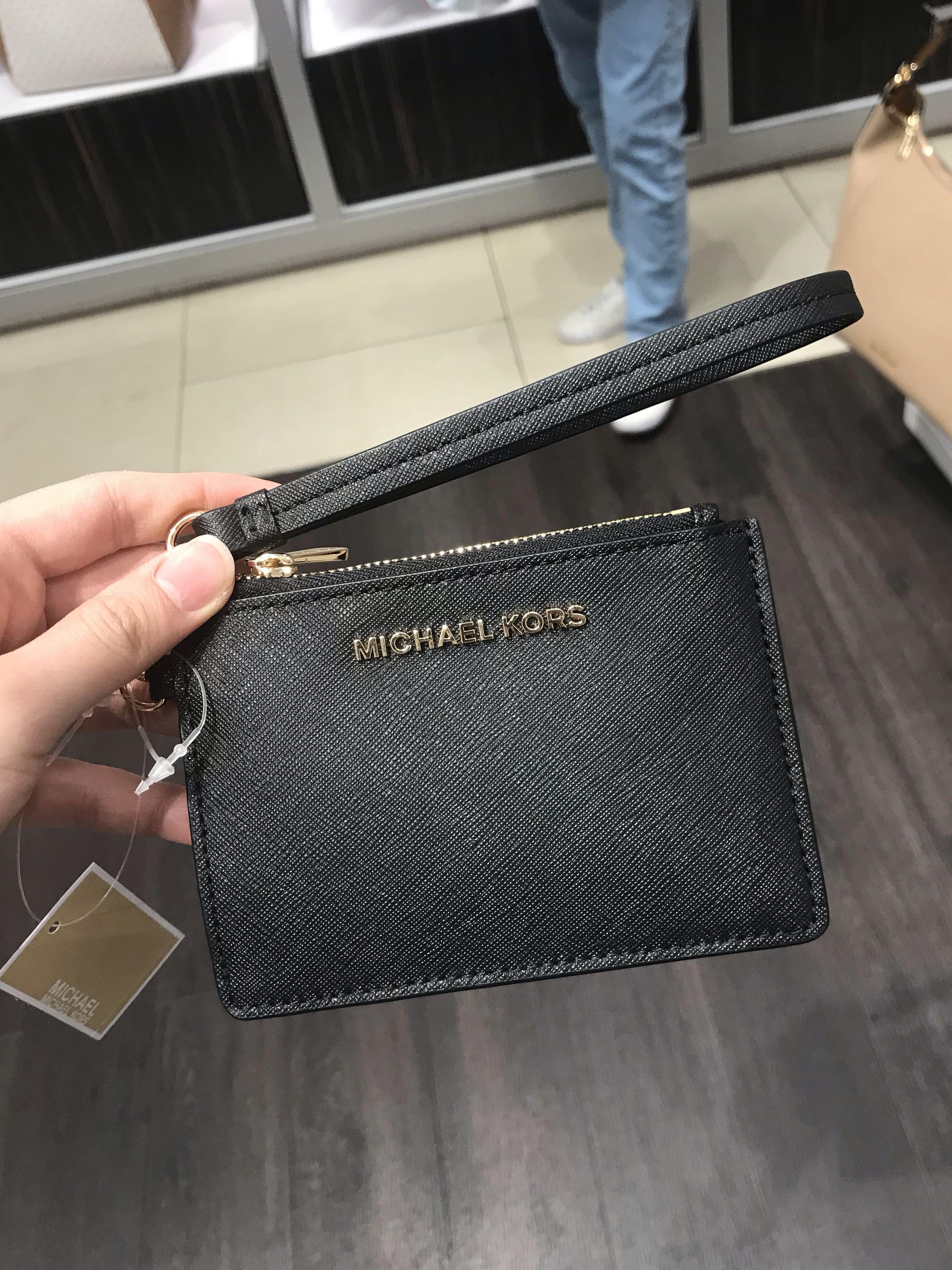 a989bbdf2956 Michael Kors Jet Set Travel coin purse Wristlet black, Women's ...