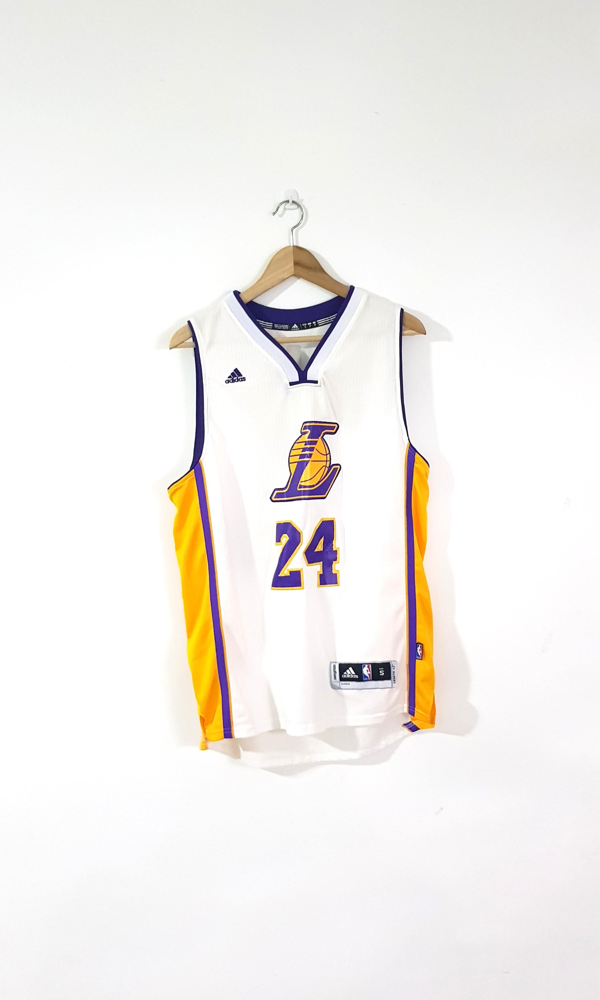513835bc0f6 Vintage LA Lakers Kobe Bryant NBA Jersey
