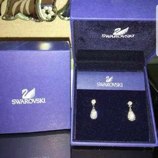Brand new Swarovski diamante drop earrings