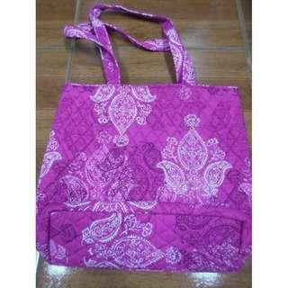 SALE Authentic Vera Bradley Hot Pink Stamped Paisley Quilted Bag