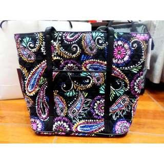 SALE Authentic Vera Bradley Black Multicolor Bandana Swirl Quilted Bag (Paisley)