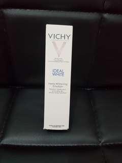 Vichy美白乳液