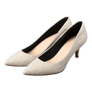 🚚 GU 棉花糖軟墊舒適尖頭鞋