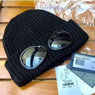 C.P Company Knit Cap With Lens in Merino E - Black