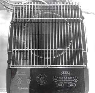 電磁爐不記得牌子、ㄧ田買1800元多用途、少用没盒没单配件全新、