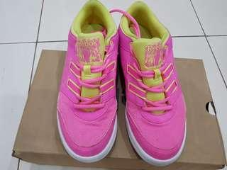 Reebok dance shoes ori