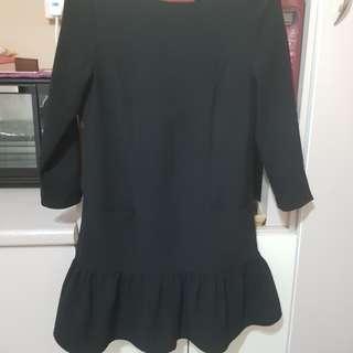 🚚 Love bonito ruffles mini dress