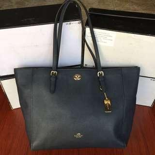 Coach authentic totebag full leather