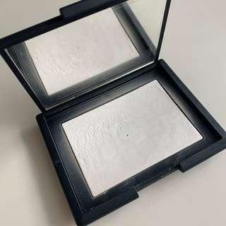 Nars Translucent Crystal Light Reflecting Setting Powder Pressed