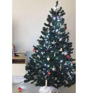 Christmas Tree (180cm) with decorations