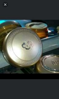The history of whoo case jewelery powder