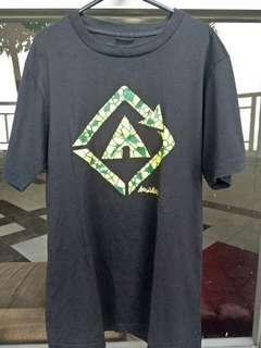 Kaos T Shirt Airwalk Hitam