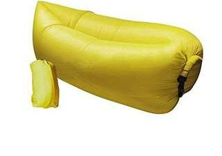 Inflatable laybag by wind