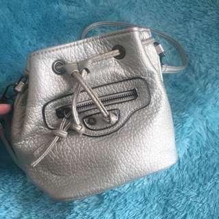 Sling bag silver